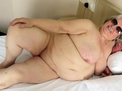 omageil-slideshow-video-with-best-mature-pictures