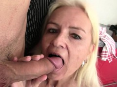 guy-pounds-blonde-mom-at-the-kitchen