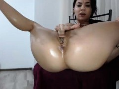 amateur-sweetdesire12-flashing-ass-on-live-webcam