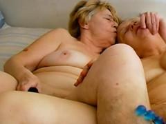 omahotel-lesbian-matures-sex-toys-masturbation