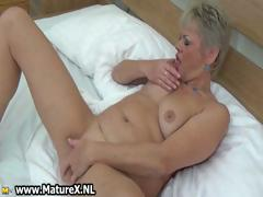 Chubby Mature Lady Loves Playing Part6