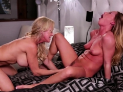 brandi-and-carter-enjoys-finger-their-pussies