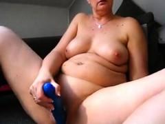 Bbw Curvy Big Tit Milf Plays On Webcam