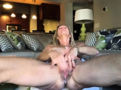 old-big-cunt-masturbating