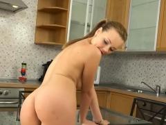cum-eating-during-hardcore-fucking-her-snapchat-bambi18xx