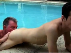 uncle-and-twink-gay-porn-videos-daddy-brett-obliges-of