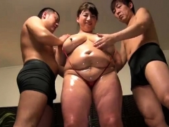 mature-big-boobs-fuck-other-girl-with-sex-toy