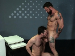 muscle-bear-anal-with-facial-cum