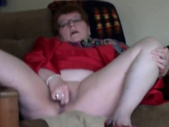 mature-cums-for-lover