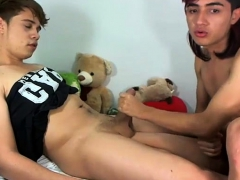 gay-pornstar-slams-twinks-ass