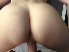 redhead milf training this milf not only knows what she