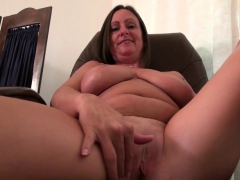 american-milf-mary-wana-strips-off-and-plays-at-the-office