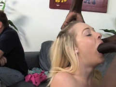 cindi-loo-fucks-bbc-in-front-of-her-father