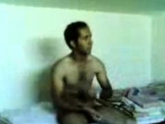 horny-arab-couple-sextape