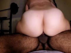 hairy amateur wife peluda huge strong booty rides cums