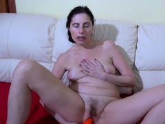 oldnanny lonely mom solo toying granny sex movies