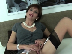 unfaithful-british-mature-lady-sonia-flaunts-her-big-tits04b