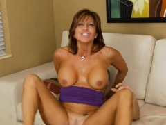 Mature Yearns For Hardcore Cleft Stimulation And Pounding