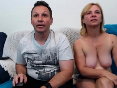 Blonde Mature Mum On Webcam