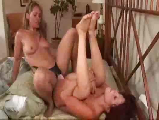 Pornstar lesbiian dating naked