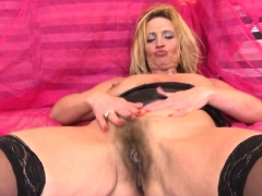 hot-milf-dildo-and-cumshot