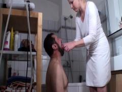 bizarrlady-jessica-humiliate-slaves
