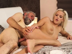cuckold-daddy-surprise-your-gf-and-she-will-screw-with