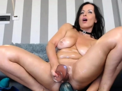 shaved-model-is-dildoing-her-sexy-ass