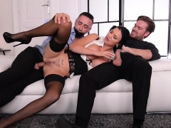jasmine-wants-two-cocks-at-once