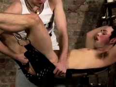 xxx-male-on-video-bondage-underwear-gay-hanging-there