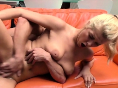 Hunt4k. Chick Accepts Money And Lets Guy Fuck Her…