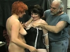 Avid bondage with 2 luscious babes