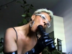 german mature milf showing hot to suck a cock