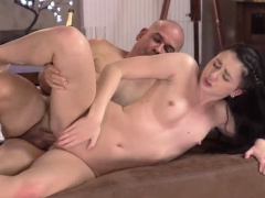 old-and-young-girl-xxx-finally-got-a-opportunity-to-have