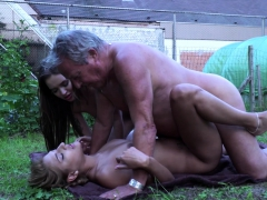 horny-thieves-fuck-old-gardener