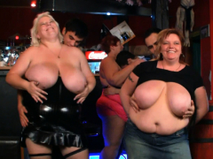 huge-boobs-bbw-party-in-the-bar