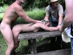 hot-pornstar-outdoor-with-cumshot