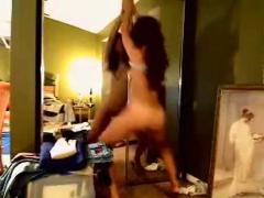 kinky girl nude cam dance