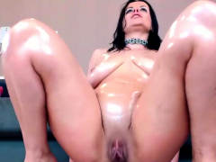 pretty-hot-shaved-milf-camwhore-takes-dildo-in-the-nasty-ass