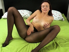 big-boobs-and-stockings