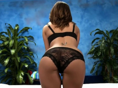 Kinky Brunette Brooklyn Chase Explores Fang