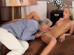 old4k-shanie-ryan-finally-tries-dick-of-her-geography