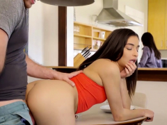 emily-willis-in-insatiable-step-sister