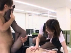 playing-with-office-girl-s-smutty-cleft