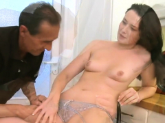 delectable russian girlie blowing dick well