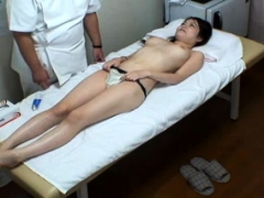 hidden-camera-at-japanese-massage-parlor