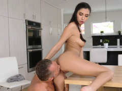 marcus-london-packs-gianna-s-pussy-full-of-thick-dick