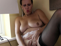 naughty-mature-annabelle-moore-was-home-in-her-place