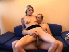 Amateur blowjob and cumload from a hairy fat dude