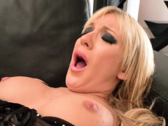 close-up-pussy-and-anal-fuck-blonde